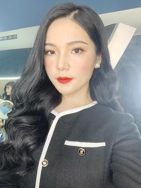 """So huu chieu cao """"khung"""", hot girl truong Bao chuan nguoi mau-Hinh-3"""