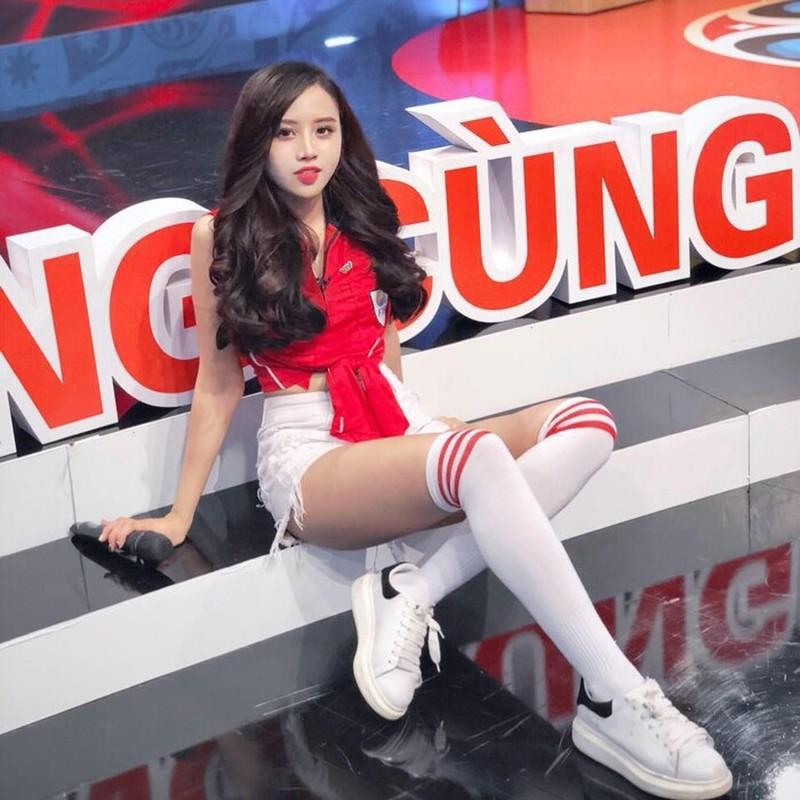 """Hot girl phong gym"" xinh dep nhat EURO 2016 bay gio ra sao?-Hinh-2"