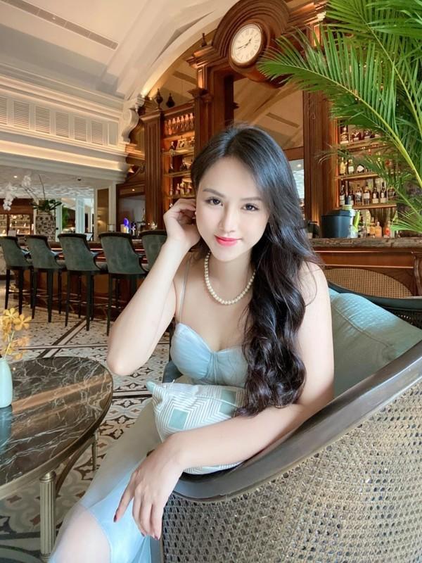 "Sau 3 nam noi tieng, dan hot girl ""Nong cung World Cup"" gio ra sao?-Hinh-8"