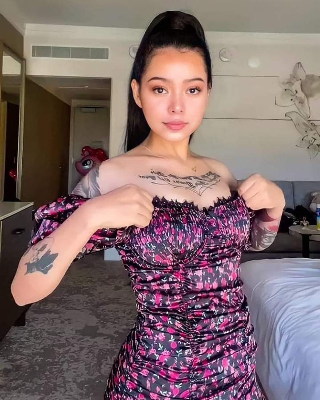 Hot girl nong bong so huu follow khung thu 3 the gioi la ai?-Hinh-12