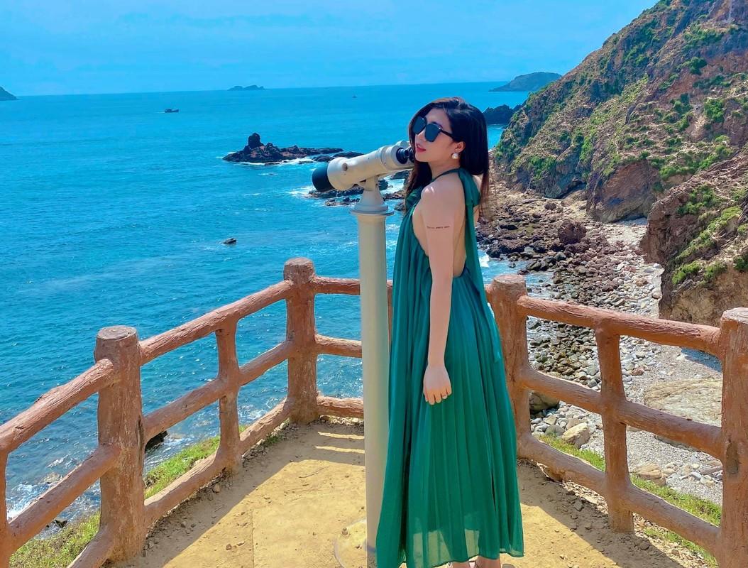 Em gai tien dao doi tuyen Viet Nam lo voc dang chuan hot girl-Hinh-4