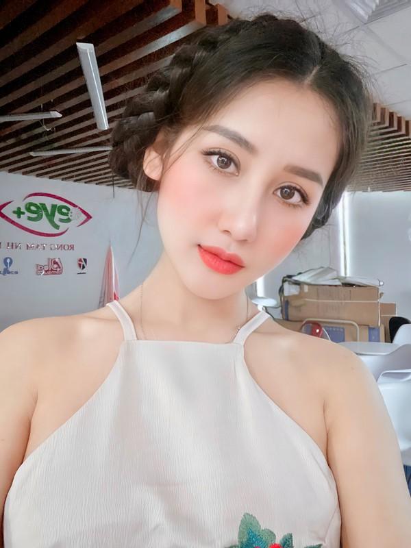 """Hot girl quan nhan"" lo sac voc khi tham gia Nong cung Euro-Hinh-7"
