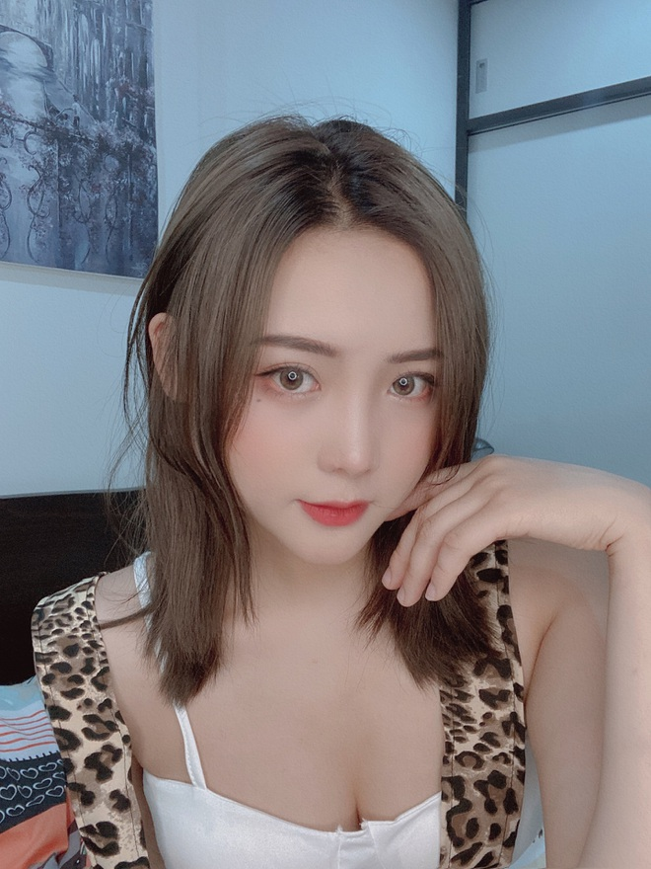 Nu sinh Bac Giang gay sot mang voi anh ky yeu xinh lung linh-Hinh-11
