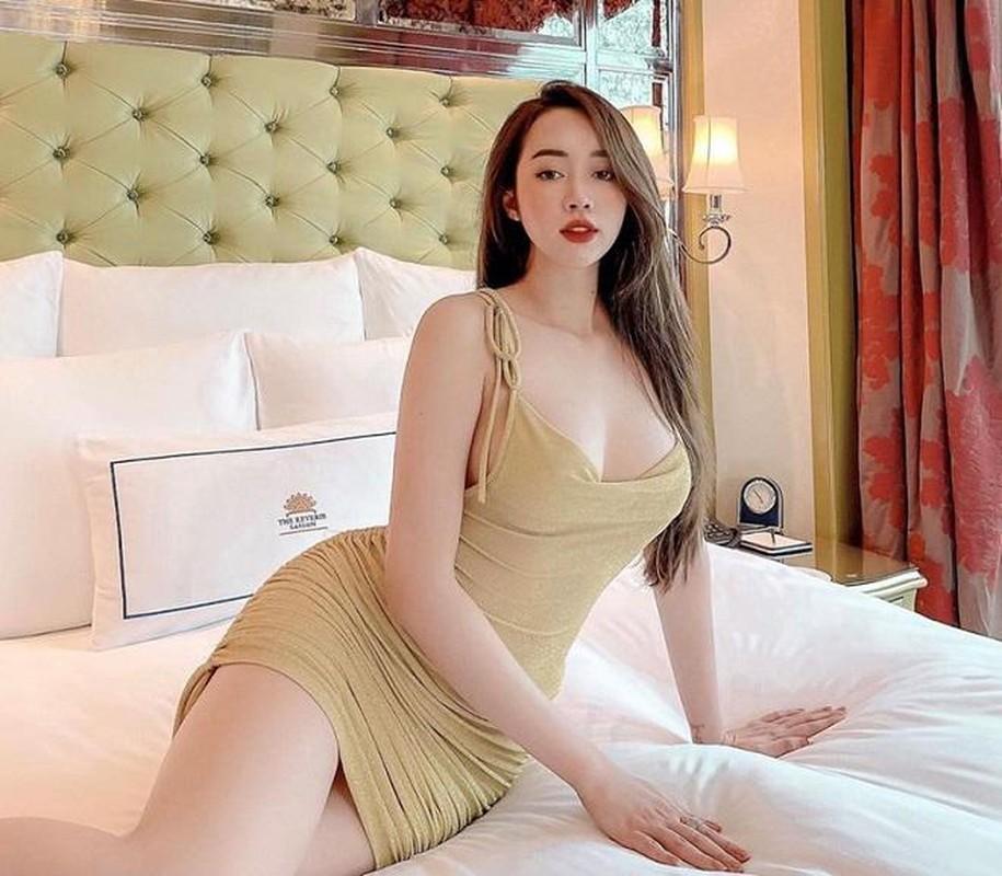 "Hot girl Nong cung Euro ""dot mat"" netizen bang body sieu nong bong-Hinh-12"