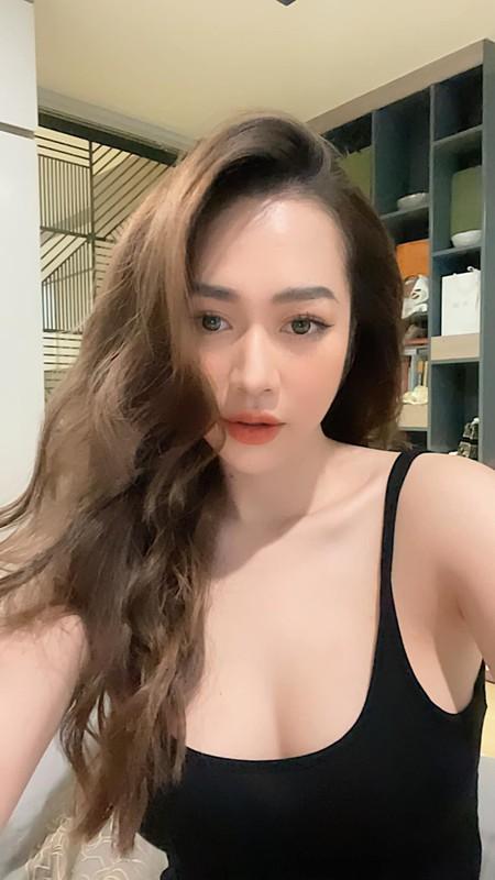 """Hot girl Nóng cùng Euro """"đốt mắt"""" netizen bằng body siêu nóng bỏng"""