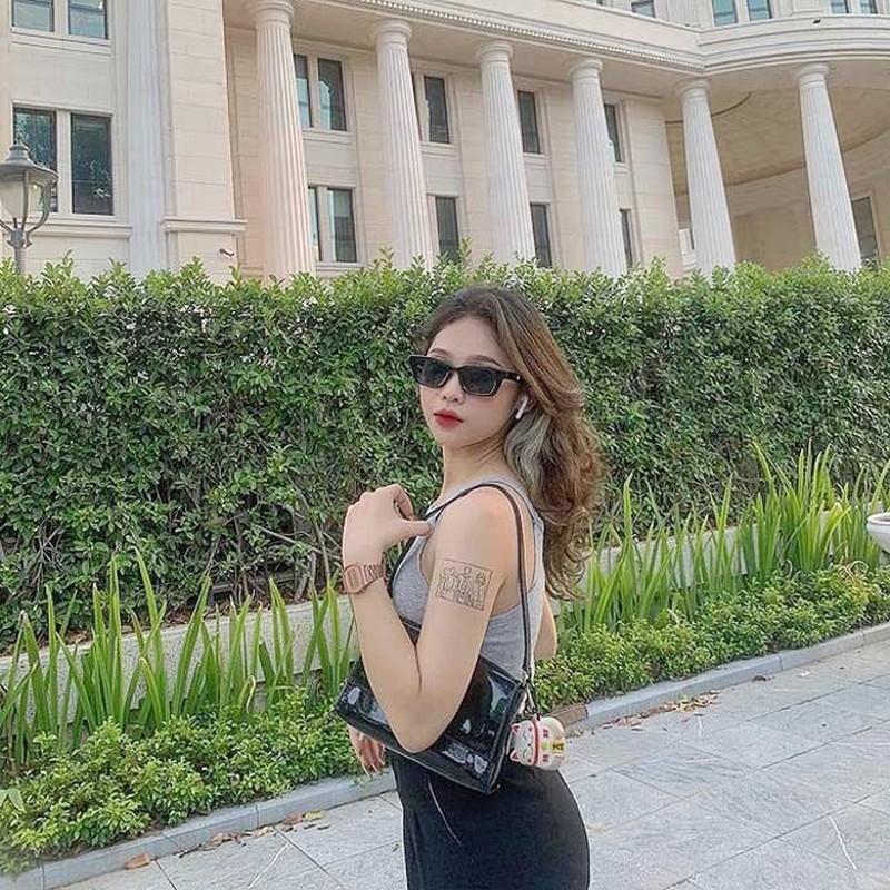 Lo danh tinh nu tinh nguyen vien mua thi tot nghiep THPT gay sot-Hinh-10