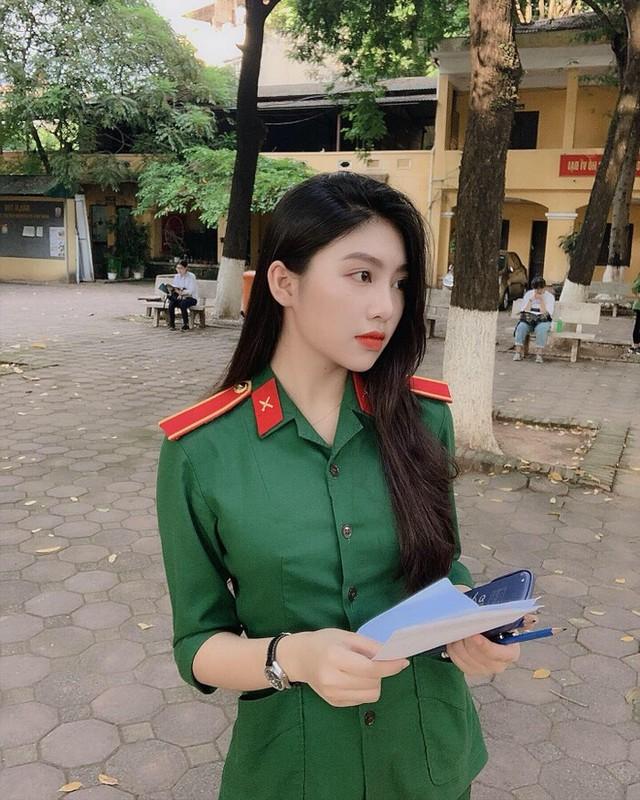 """Dien quan phuc noi khap """"coi mang"""", nu sinh Ha Tinh hien ra sao?-Hinh-2"""