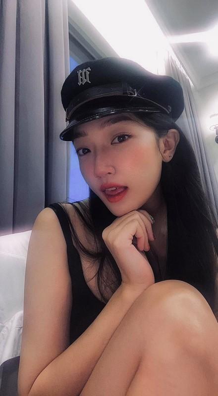 Tu tap mung sinh nhat, hot girl Ha thanh bi chi trich nang ne-Hinh-8