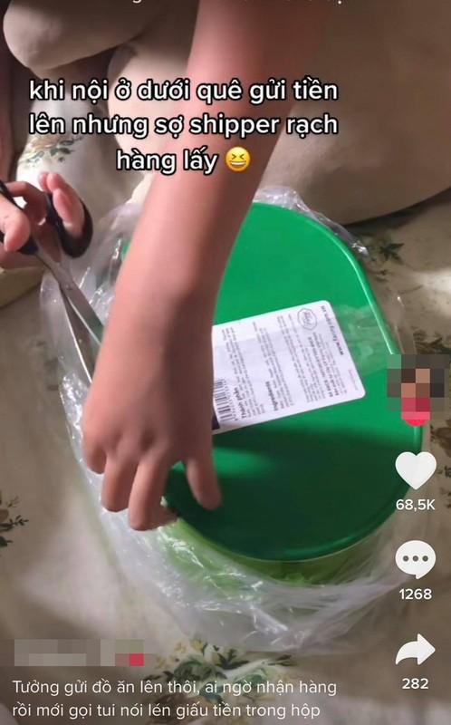 Khui do an ba noi gui, co gai khien netizen to mo het co