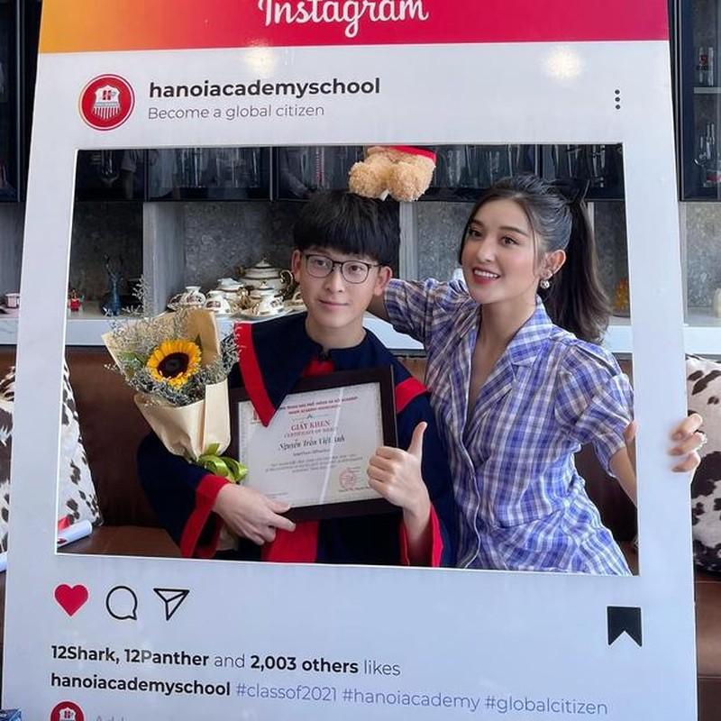 Netizen to mo diem thi tot nghiep cua em trai A hau Huyen My-Hinh-8