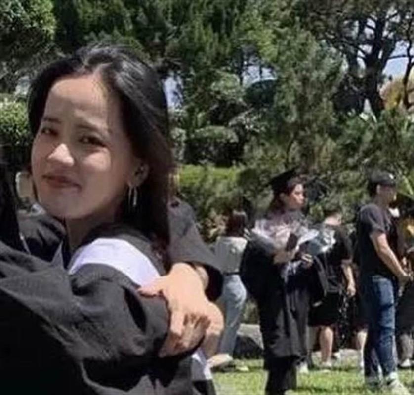 Hot girl TikTok nhay nhot lo mat moc khien netizen that kinh-Hinh-8