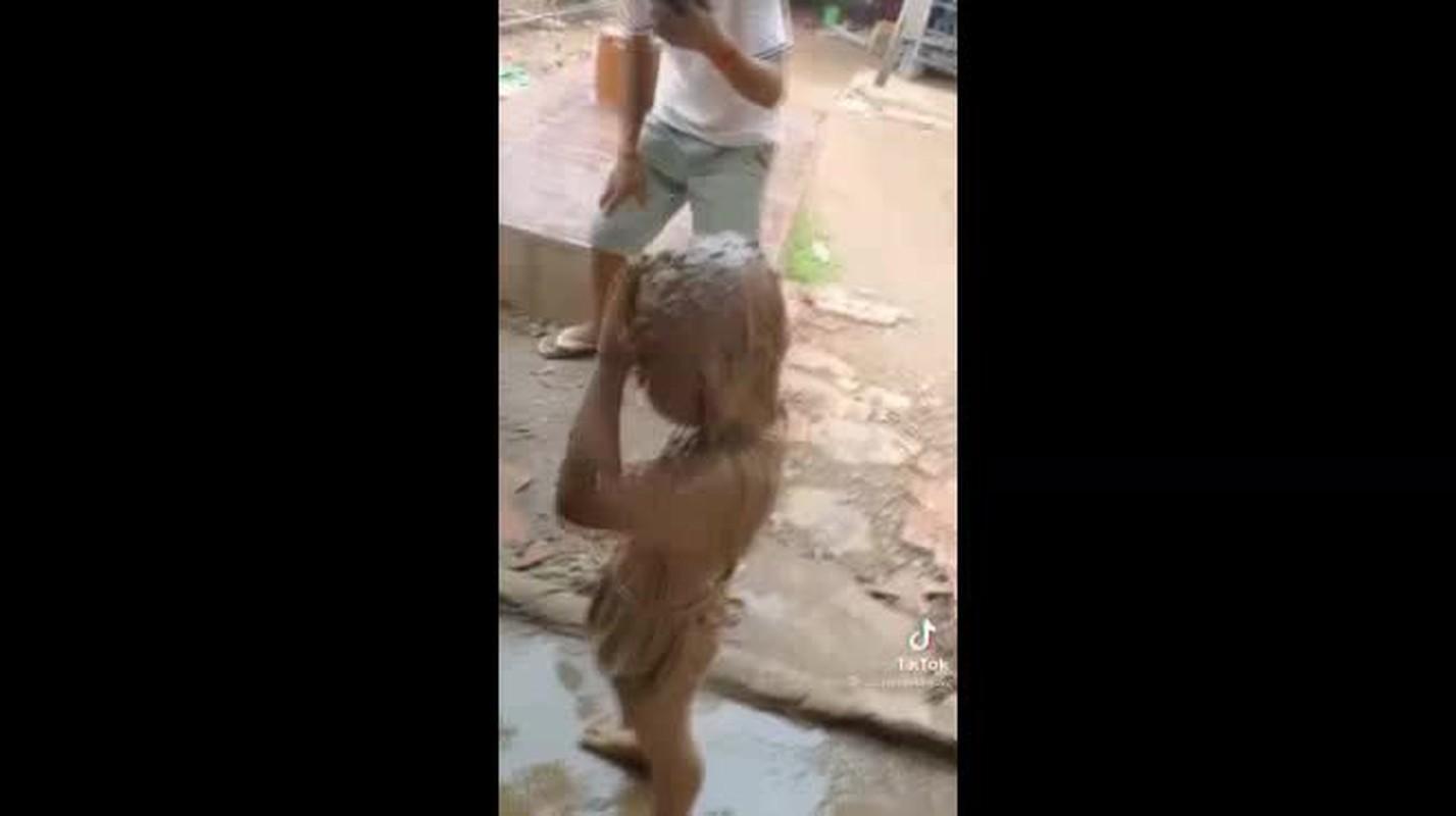 Tuong de con gai ngoan hien, xem xong clip netizen cuoi na tho-Hinh-5
