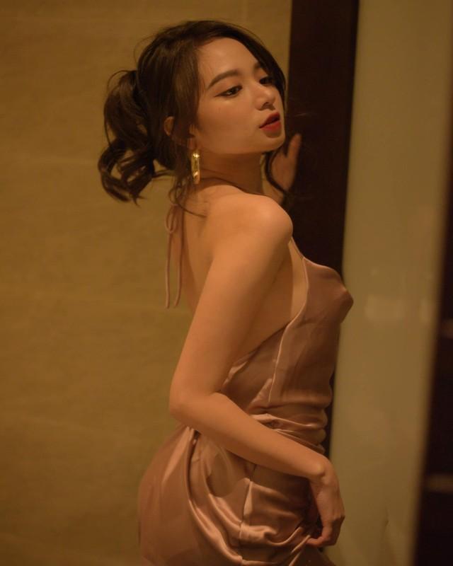 "Hot girl tung dieu dung vi ""anh nong"" lo sac voc nhin ma me-Hinh-12"
