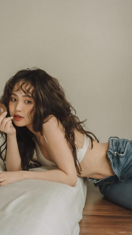 Hot girl Le Phuong Anh noi nhat mang xa hoi ngay qua la ai?-Hinh-9