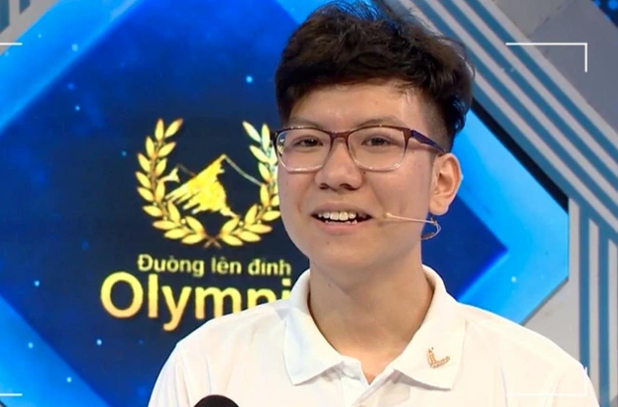 Danh tinh thi sinh Olympia bi to kieu ngao, dung tu tuc tiu-Hinh-10