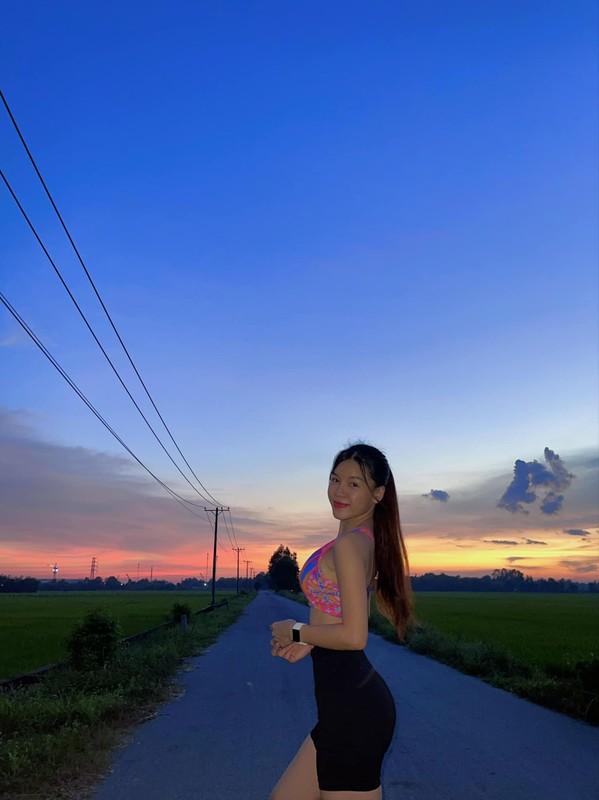 Sinh nhat Dang Van Lam, ban gai dang anh khien netizen ghen ti-Hinh-11