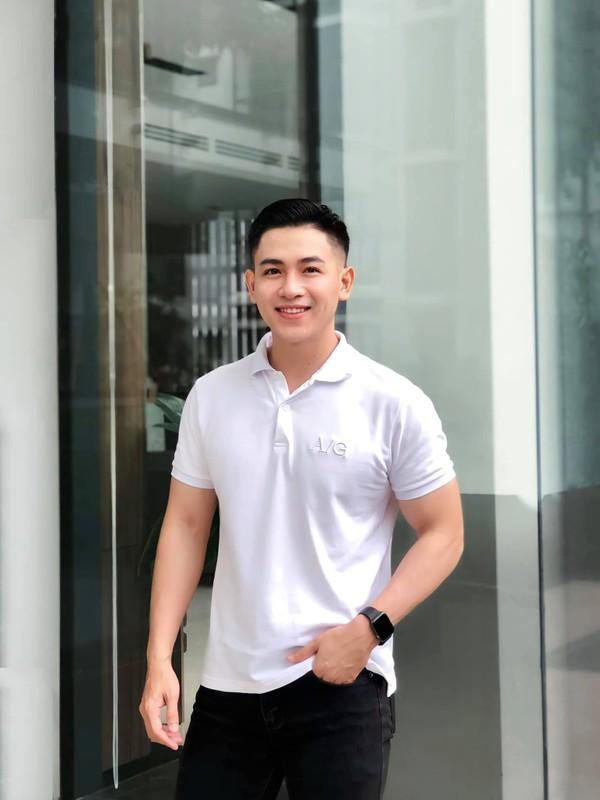 "Noi tieng tren mang, ""chang quan nhan"" soai ra lo danh tinh bat ngo-Hinh-9"