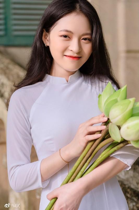 """Nu sinh truong Y """"gieo thuong nho"""" voi sac voc chuan"""