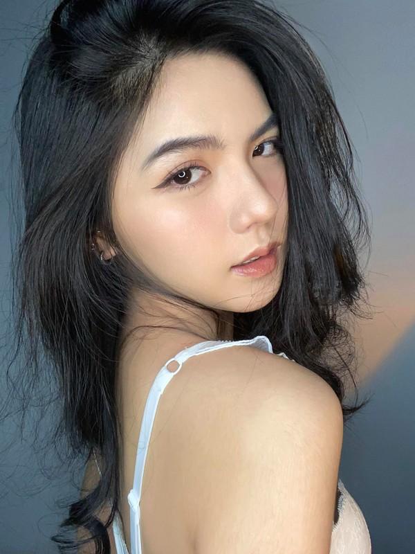 Hot girl mat dep nhu tac gay choang voi thu nhap 100 trieu/thang-Hinh-9