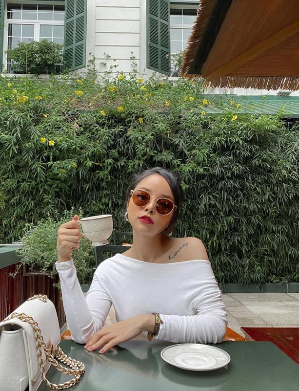 Du chieu cao khiem ton hot girl phong gym van gay sot mang-Hinh-10