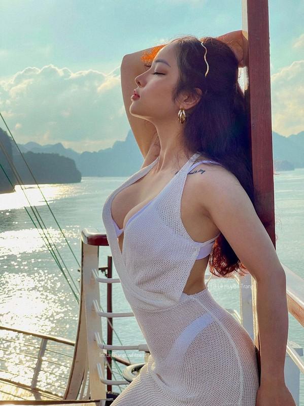 Du chieu cao khiem ton hot girl phong gym van gay sot mang-Hinh-7