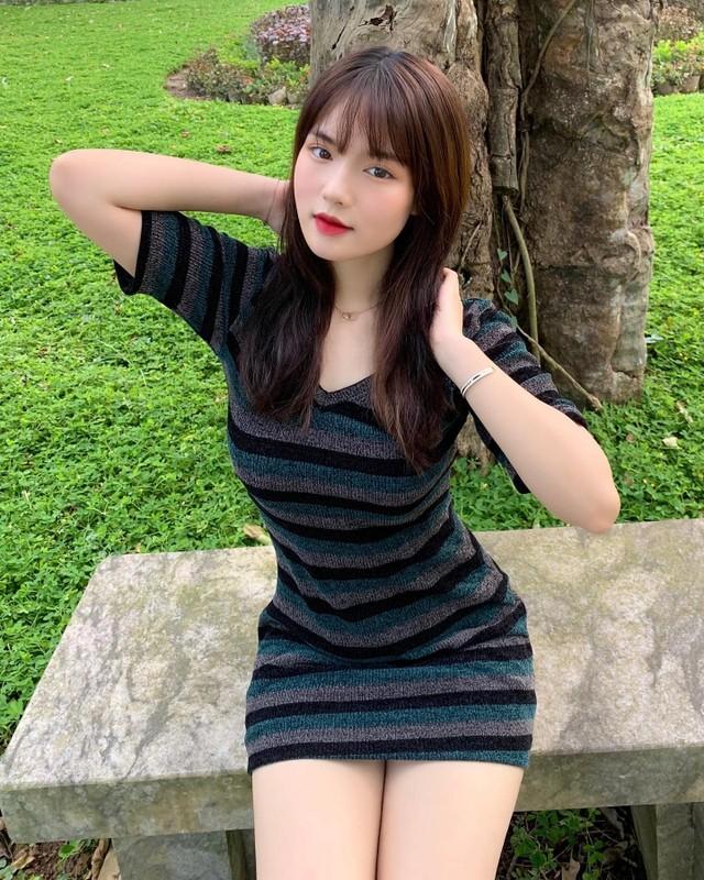 Dep chuan nang tho, nu sinh DH Thuong Mai gay me van nguoi-Hinh-3