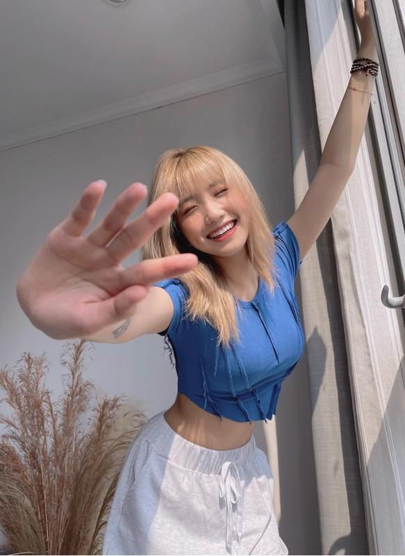 Hot girl TikTok 2K4 canh bao bi gia mao tai khoan mang xa hoi-Hinh-6