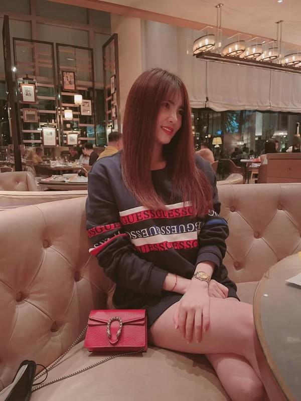 Em gai Cong Vinh gio ra sao sau scandal bi to giat chong?-Hinh-7