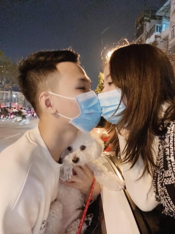 Bao tin vui, vo Chim Se Di Nang bi netizen soi sac voc-Hinh-10