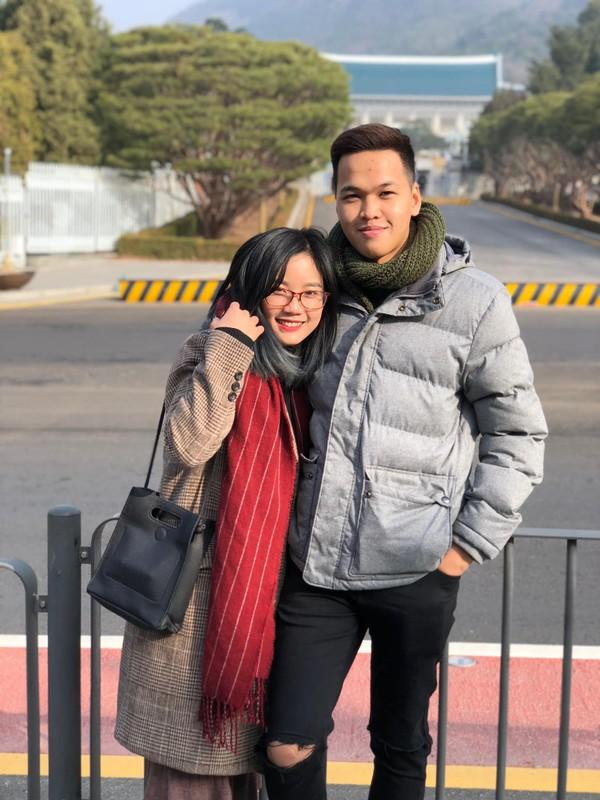 Bao tin vui, vo Chim Se Di Nang bi netizen soi sac voc-Hinh-2