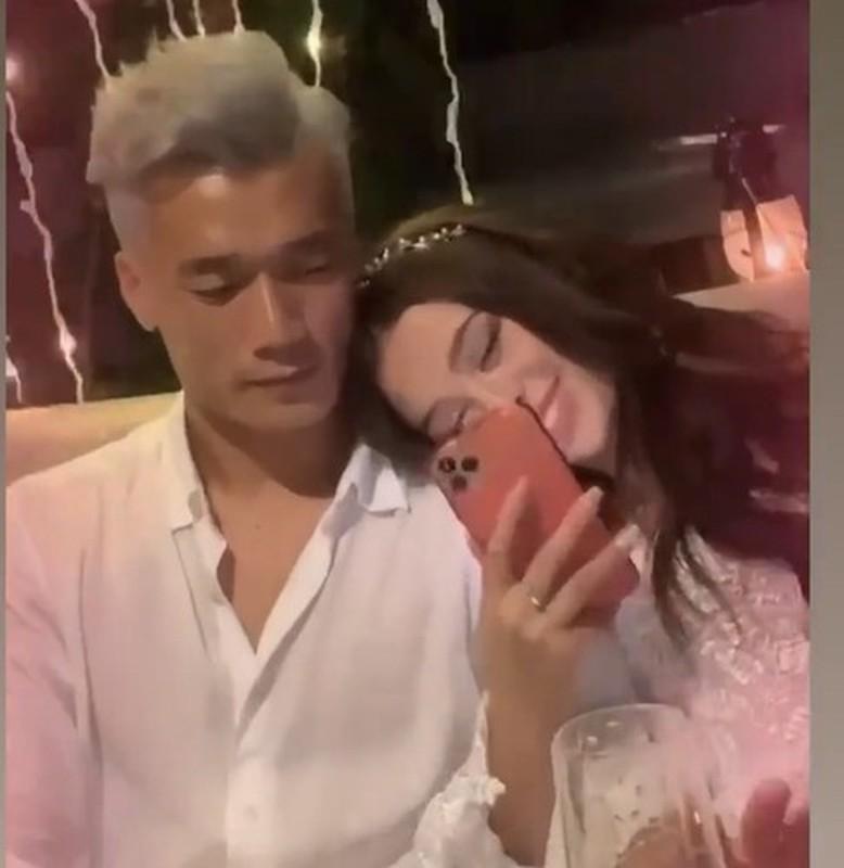 Chup len bo Tay khi ngu, Bui Tien Dung lam netizen choang vang-Hinh-12