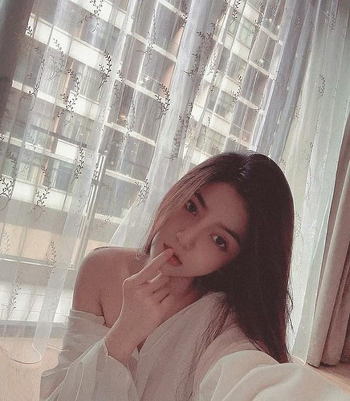 Bo Quang Hai khien netizen mat tap trung vi dang dung khieu khich