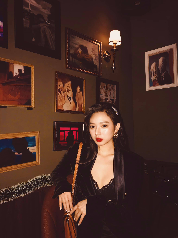 "Hot girl tung dieu dung vi ""anh nong"" gay sot nho mat xinh dang chuan-Hinh-3"