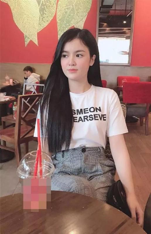 Ba Phuong Hang thong bao len chuc, netizen dat hoai nghi-Hinh-5