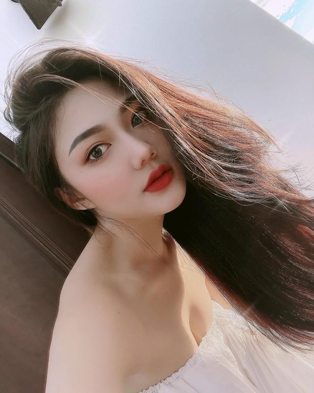 Nu sinh Sai thanh dien ao dai trang tung noi tieng gio ra sao?-Hinh-7