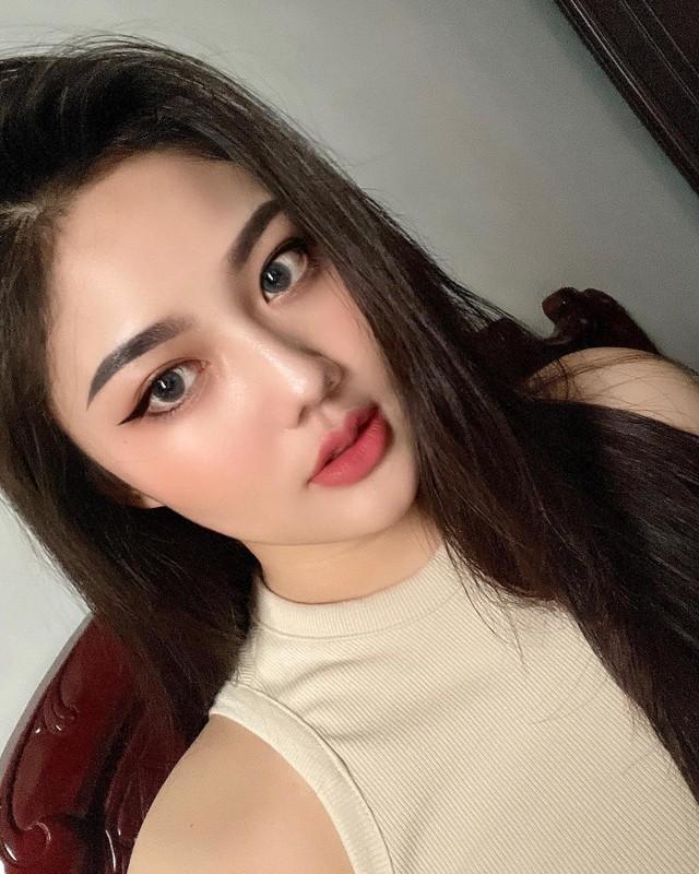 Nu sinh Sai thanh dien ao dai trang tung noi tieng gio ra sao?-Hinh-8