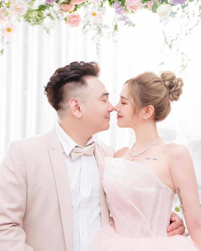 "Lay chong thieu gia, hot girl Xoai Non ke kho nghe ma ""choang""-Hinh-3"