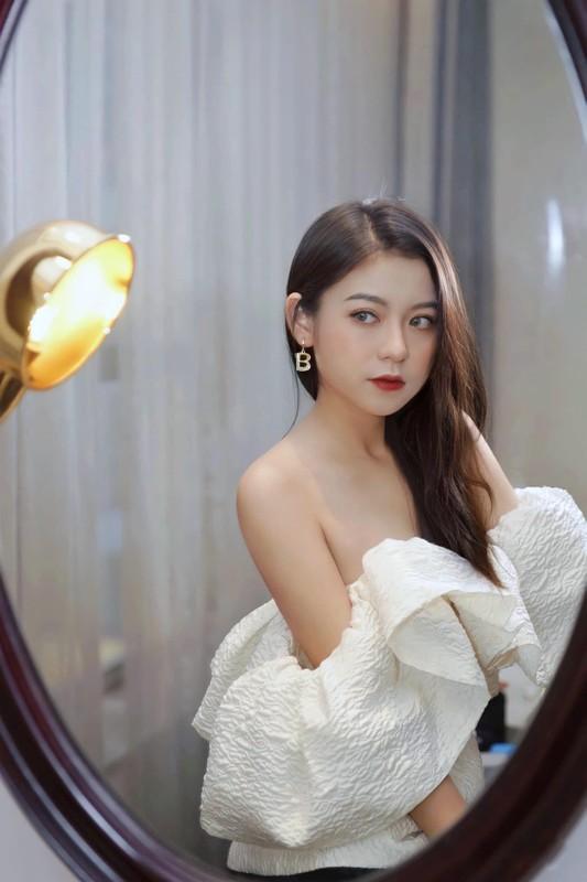 Hot girl Gen Z xu Lang cang tran suc song tuoi moi lon-Hinh-4