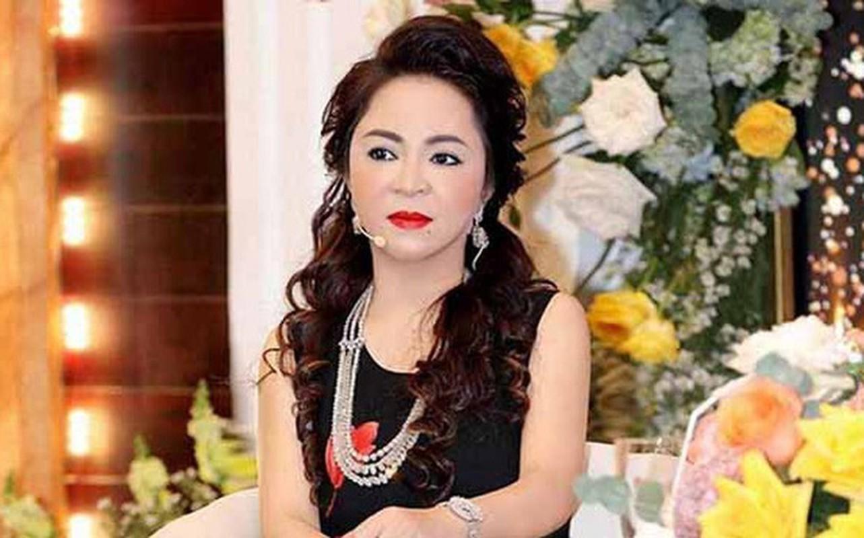 Bi anti fan tan cong, ba Phuong Hang lam dieu bat ngo-Hinh-11