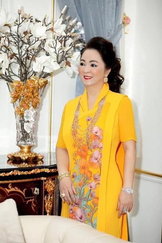 Bi anti fan tan cong, ba Phuong Hang lam dieu bat ngo-Hinh-12