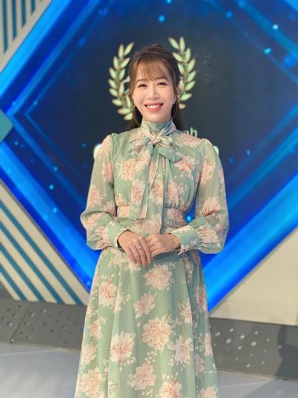 Ngung dan Duong Len Dinh Olympia, MC Diep Chi lo vi tri moi-Hinh-3