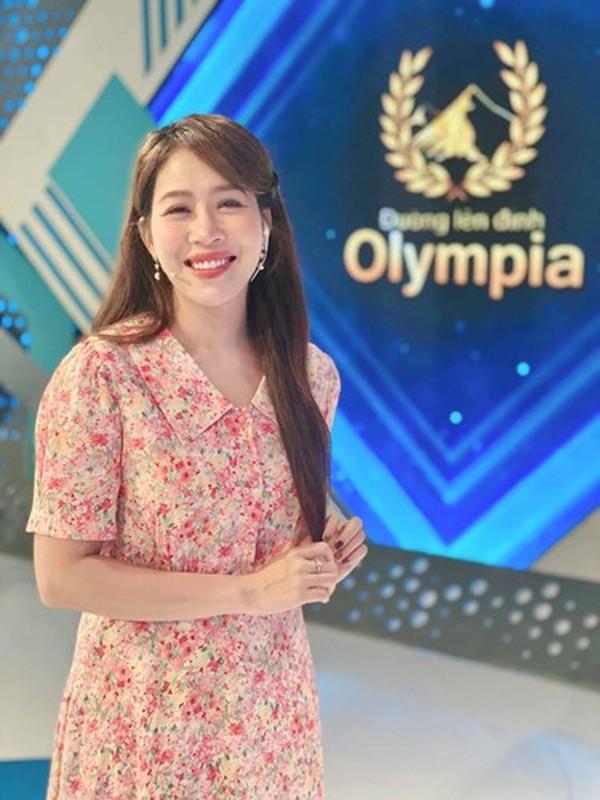 Ngung dan Duong Len Dinh Olympia, MC Diep Chi lo vi tri moi-Hinh-4