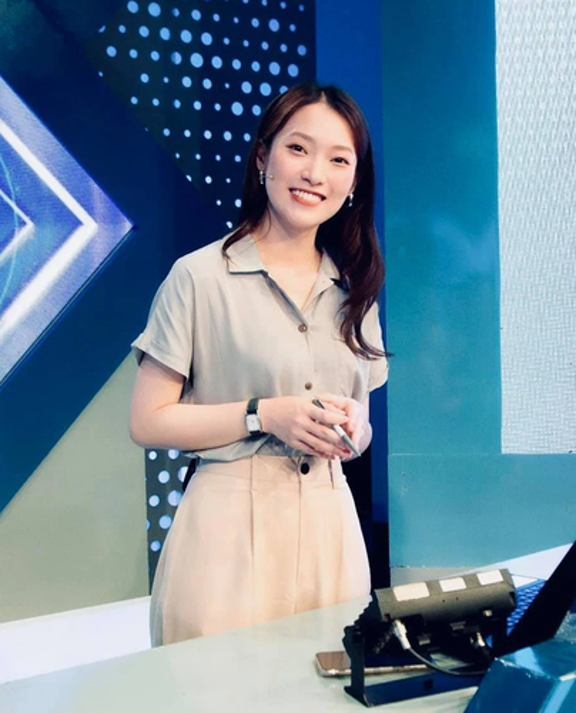 Ngung dan Duong Len Dinh Olympia, MC Diep Chi lo vi tri moi
