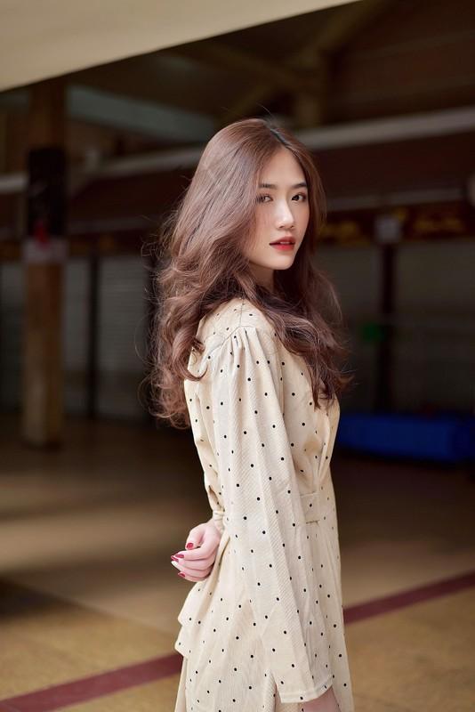 Hot girl 2K lo vong eo tru danh lam bao chang trai ngat ngay-Hinh-10