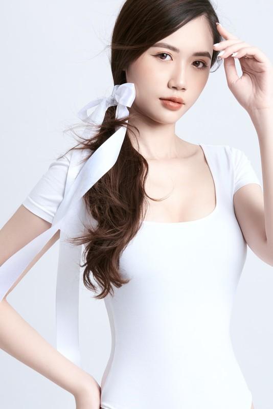 Hot girl 2K lo vong eo tru danh lam bao chang trai ngat ngay-Hinh-3