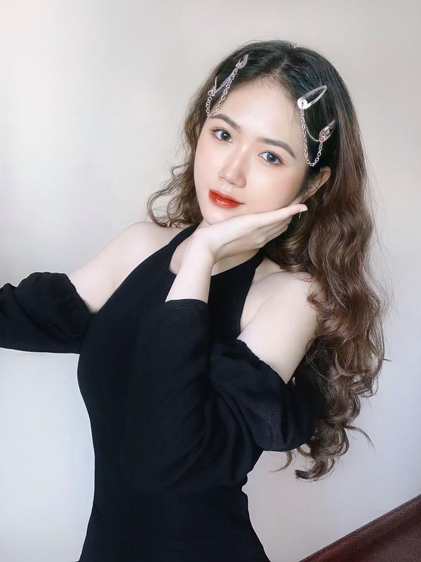 Hot girl 2K lo vong eo tru danh lam bao chang trai ngat ngay-Hinh-6