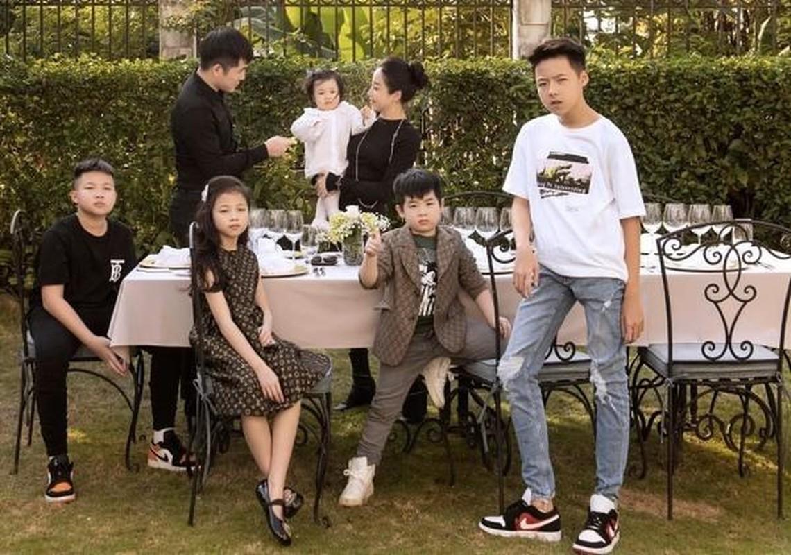 """Khoe """"man de"""" hon Hang Tui, hot mom sang chanh lam netizen choang-Hinh-2"""
