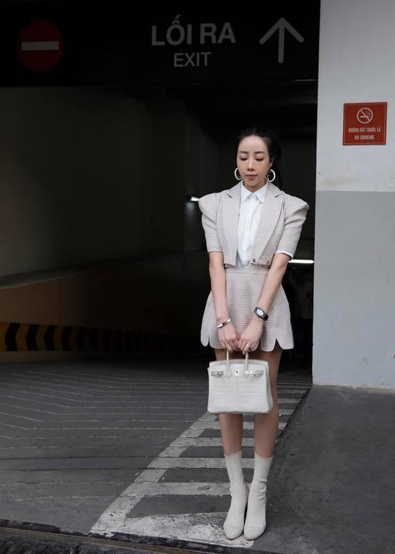 """Khoe """"man de"""" hon Hang Tui, hot mom sang chanh lam netizen choang-Hinh-9"""