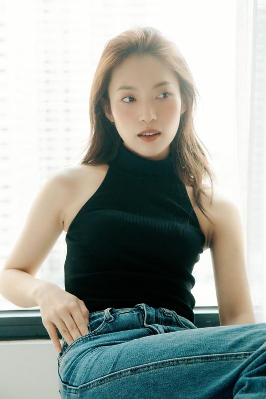 "Thay MC Diep Chi, ""hot girl 7 thu tieng"" bi khui anh tao bao-Hinh-12"