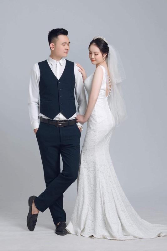 Xuc dong loat dam cuoi online cua nhan vien tuyen dau chong dich-Hinh-11